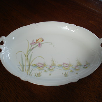 A museum quality Art Nouveau platter marked Limoges, but it is not - China and Dinnerware