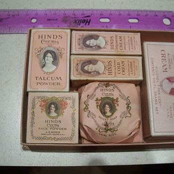 1920 HINDS CREAM SAMPLE PACKAGE - Accessories