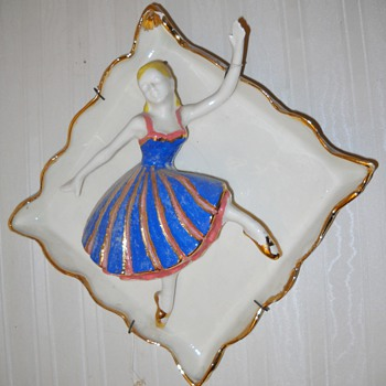 THE DANCERS WALL PLAQUES - Art Pottery