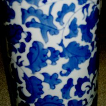 Chinese Blue & white Brushpot - Asian