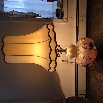Vintage Victorian Lamp collector perfect condition