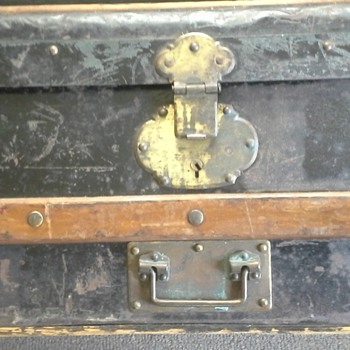 My Ten Dollar Antique Trunk What Can you Tell Me