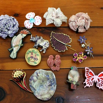 Brooches no. 4 - there's so much more to come! - Costume Jewelry