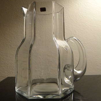 VINTAGE BERTIL VALLIEN FOR BODA-SWEDEN   - Art Glass