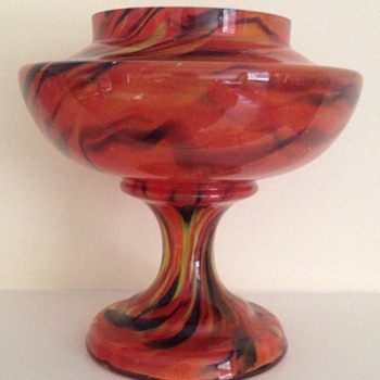 Red blue/black yellow urn on clear ground - tiger stripe