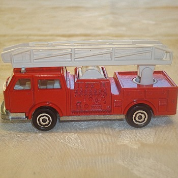"Majorette ""Pompier"" Fire Truck - Model Cars"