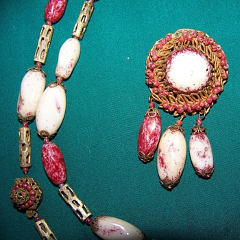 miriam neckless and broach - Costume Jewelry