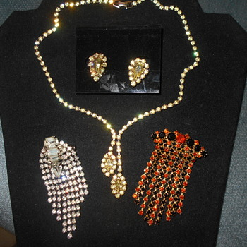 Rhinestone broaches and necklace - Costume Jewelry
