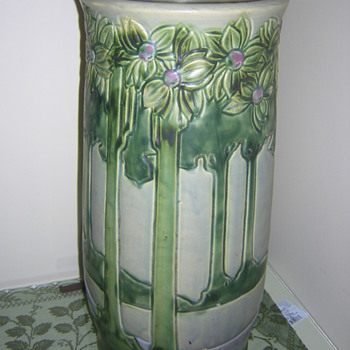 Roseville Vista Umbrella Stand - Art Pottery