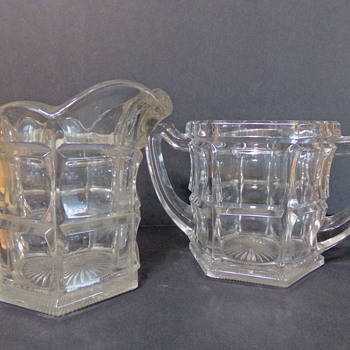 Northwood Sugar and Creamer Set