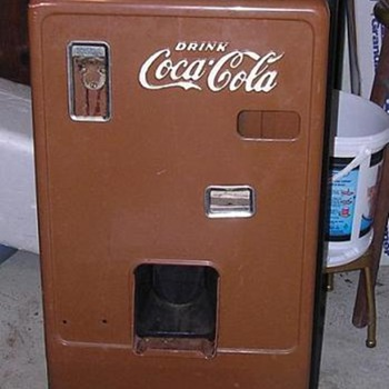 Coca-Cola Vending machine - Coca-Cola
