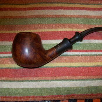 Beautiful Briarwood Regal Danish - Tobacciana