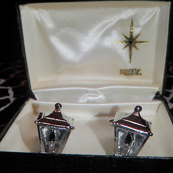 50's Vintage SWANK silver/glass antique-style STREET LAMP Cufflinks - Fine Jewelry