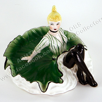 Irish Can-Can Dancer Ashtray - Tobacciana