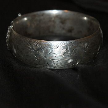 Engraved Sterling Hinged Bangle