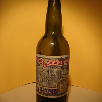 The bottles of beer or beverages labeled old important part of my collection. I only collect those found in the north of my cou