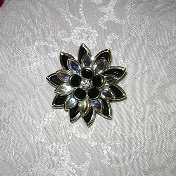 Silver Tone Pins - Costume Jewelry