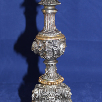 Gothic candlestick Depicting the devil Unknown Material - Lamps