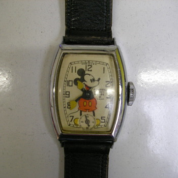 Plain Tonneau Case Mickey Mouse Watch - Wristwatches