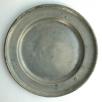 antique french or german pewter dish - probably late 18th. century - Victorian Era