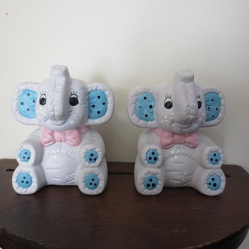 Elephant salt & peppy shakers