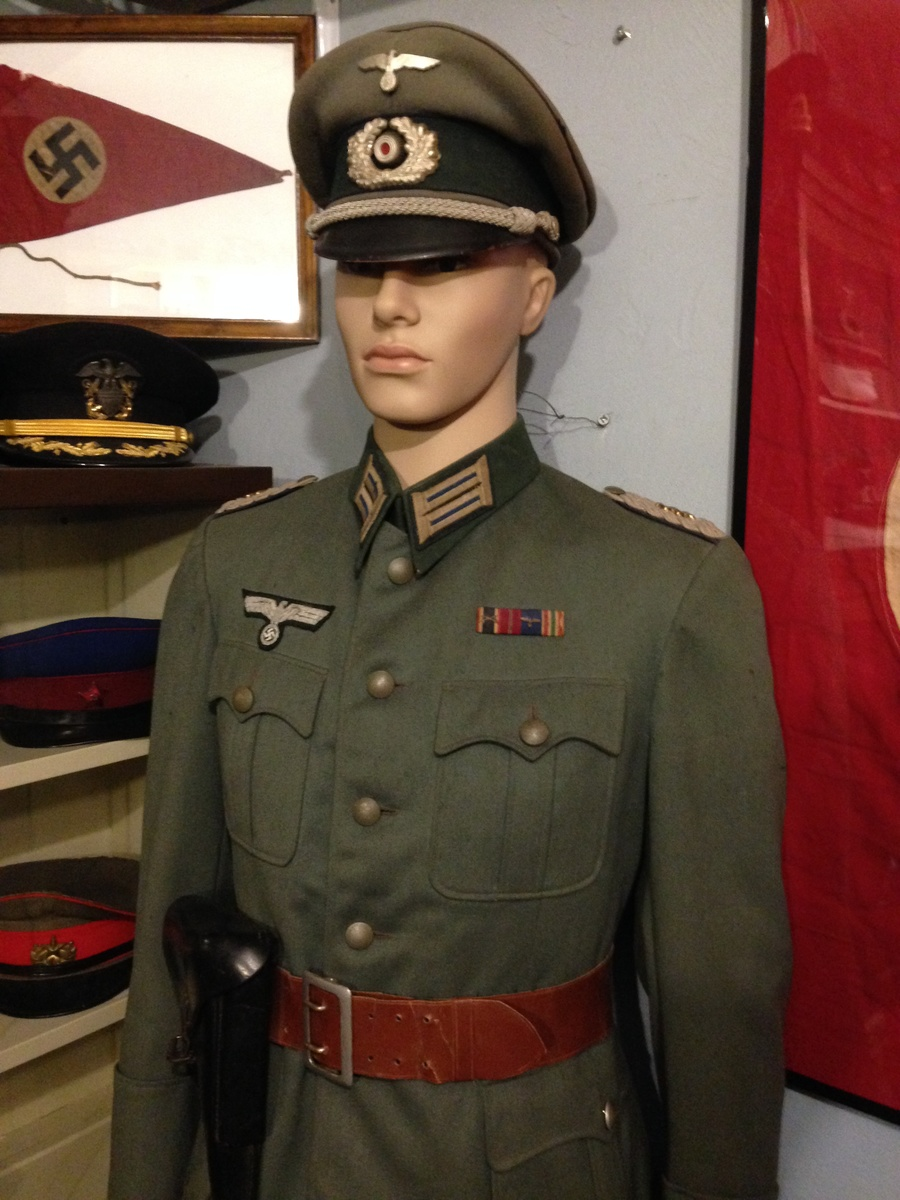 Wwii German Army Medical Officer Tunic Set Collectors Weekly
