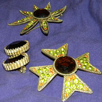 Vintage '70's?  Metal and Large Stone Brooches - Costume Jewelry