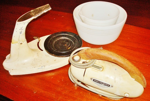 Fabric Exhibition Stand Mixer : Vintage hamilton beach stand mixer collectors weekly