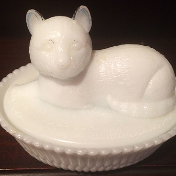 McKee Milkglass Cat Covered Dish -Dresser Jar Top and Base Marked.