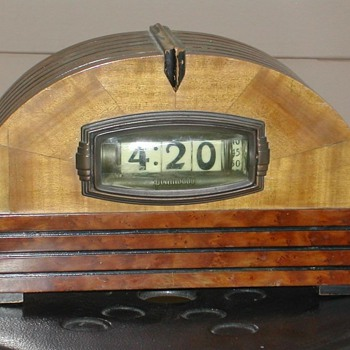 Pennwood Model #1364 - Clocks