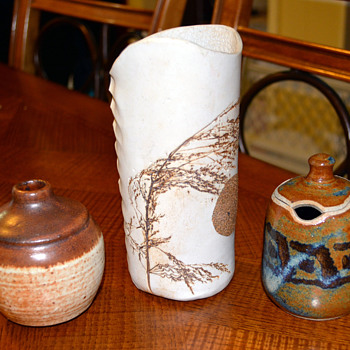 Small Pottery finds ...... - Art Pottery