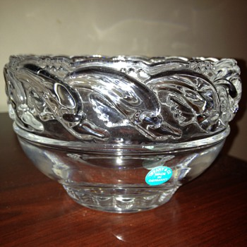 "8"" crystal dolphin bowl"
