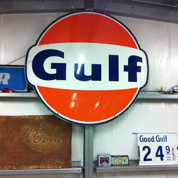Gas station signs - Petroliana