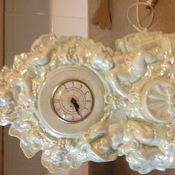 From at least 30-40's electric cherub mantel clock - Clocks