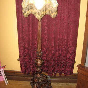 old parlor lamp? - Lamps