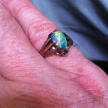 Lightning Ridge Opal ring
