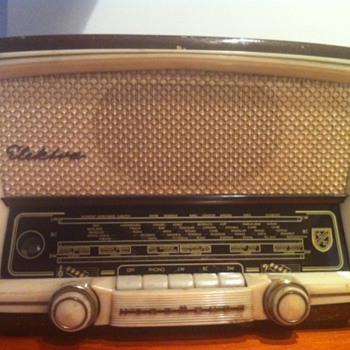 Vintage Radio Nordmende Electra