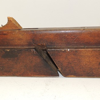 19th Century Moulding Plane - Signed F.Z. - Tools and Hardware