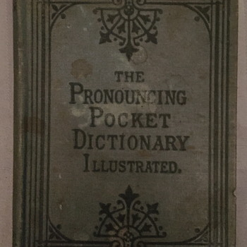 The pronouncing pocket dictionary Illustrated. - Books