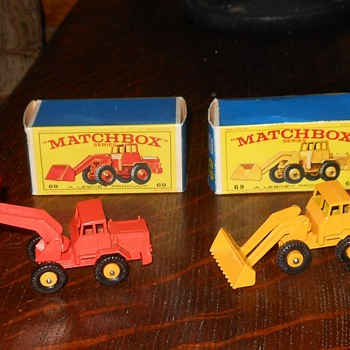Matchbox #69 Hatra Tractor Shovel - Model Cars