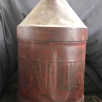 Is this gas or Oil can ?? and who/what is BRITTOL ??