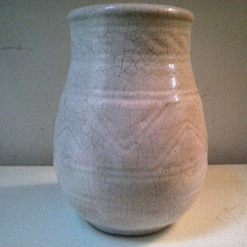 "Little 6.5 "" White Crackle Glaze Pot / Marked / Unknown Maker And Age"