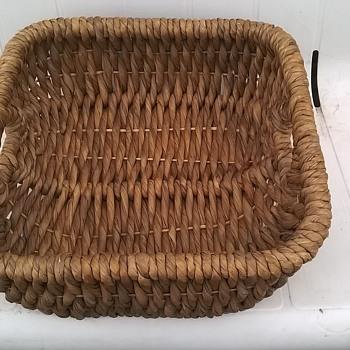 Beautiful Natural Sea Grass Basket Thrift Shop Find 1 Euro ($1.06)