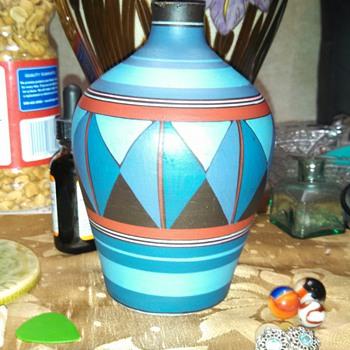 Portugal Vase..... - Art Pottery