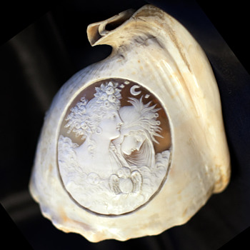 Victorian Conch Shell Woman, Goddess ? - Fine Jewelry