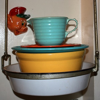 Some old plates, very large Bauer Bowl, a cool pitcher and Porky Pig - Kitchen