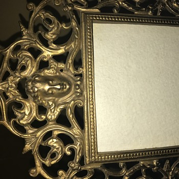 Looking for any information on this picture frame - Visual Art