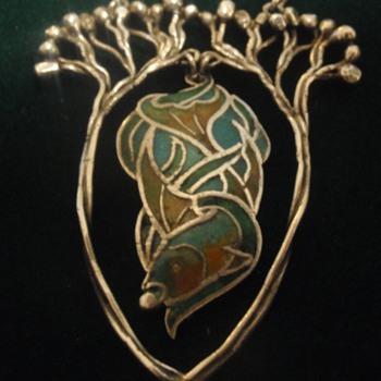Arts & Crafts enamel fish pendant