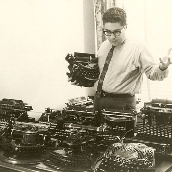 An early American typewriter collector,  Paul Lippman  - Office