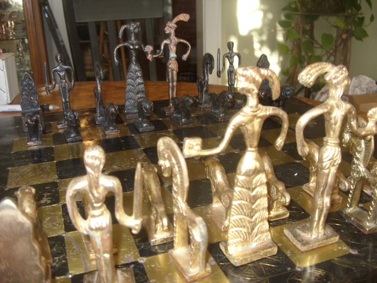 Incredible antique chess set collectors weekly - Collectible chess sets ...